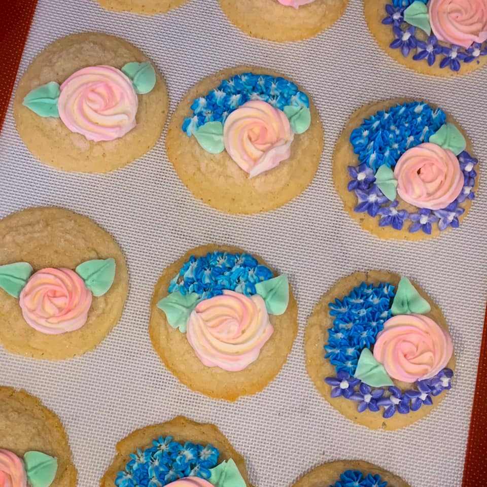 Flower Buttercream Iced Sugar Cookies